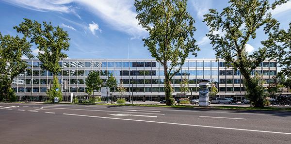 """Gebäudekomplex """"Seestern 3"""" im Business-Quartier Seestern"""