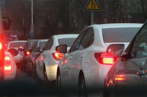 Autos in Düsseldorf – Herausforderungen für Politik und Wirtschaft